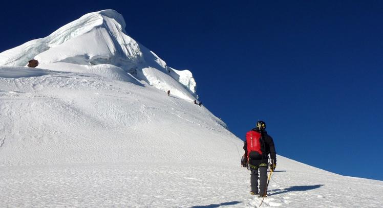 Montañismo Ishinca