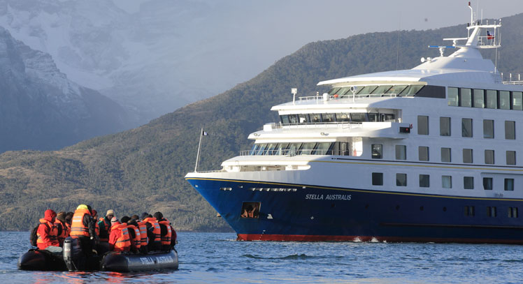 Australis Cruise: Fjords of Tierra del Fuego (5 days)